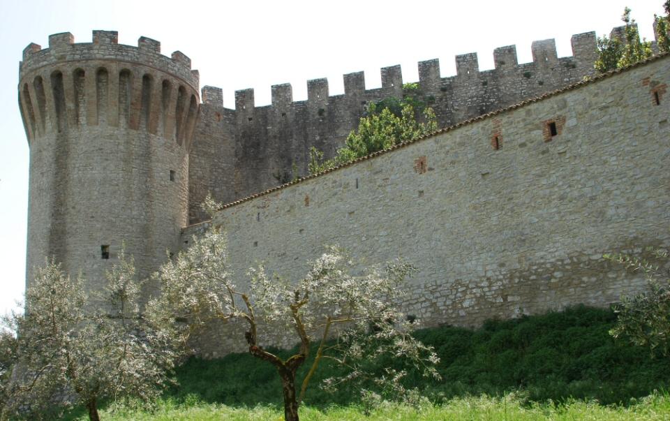 Rocca-del-Leone-Castiglione-del-Lago-3